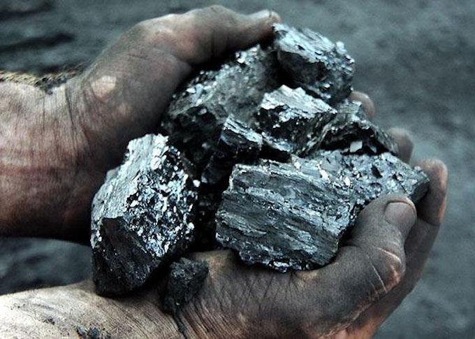 Россия направила в Крым 400 тонн угля