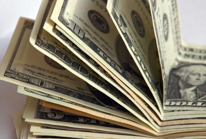 Украинцам прогнозируют уменьшение доходов