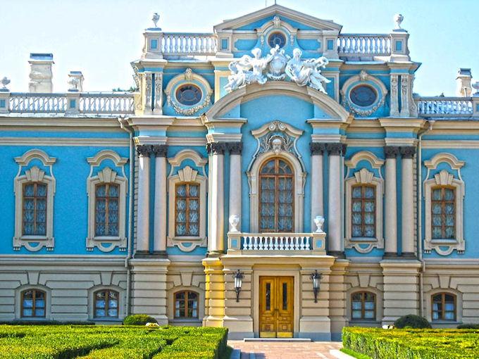 Реставрация киевского Мариинского дворца обойдётся в 20 миллионов гривен