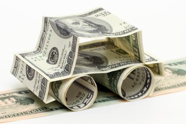 Выгодно ли брать кредиты при падающей гривне