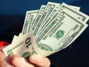Пенсионный фонд рассчитывает получить от сбора с покупки наличной валюты 2,2 млрд гривен