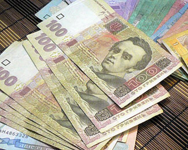 Пенсии украинцам могут поднять уже в декабре 2015 года