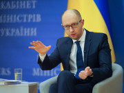 Яценюк надеется на решение МВФ в течение 48 часов