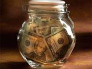 НБУ и Минфин намерены контролировать возврат валютной выручки экспортерами