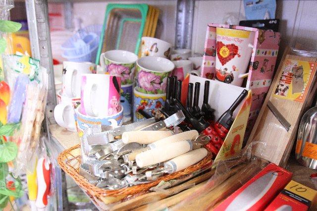 «Все по 8 гривен»: в чем хитрость копеечных магазинов