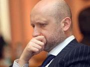Турчинов рассказал, какой должна быть минимальная зарплата