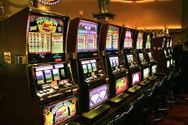 Организация азартных игр в сети: создай свой клуб с автоматами