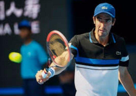 Уругвайского теннисиста дисквалифицируют за угрозу справить нужду на корте