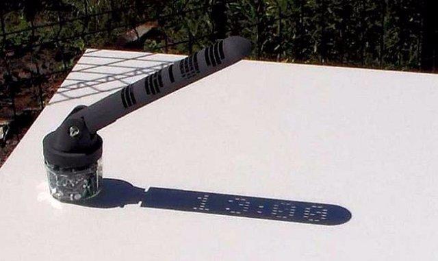 Французы изобрели первые в мире 3D-солнечные часы