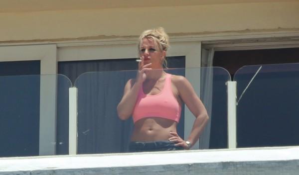 Значительно потолстевшую Бритни Спирс застукали в Тель-Авиве