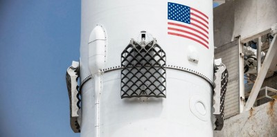 SpaceX построит 20 многоразовых ракет Falcon 9 в 2017 году