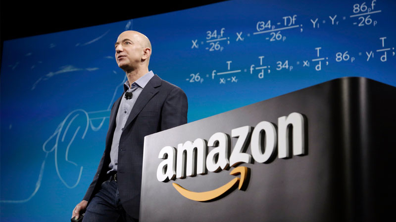 Самые сомнительные обещания IT-предпринимателей: от Джеффа Безоса до Билла Гейтса