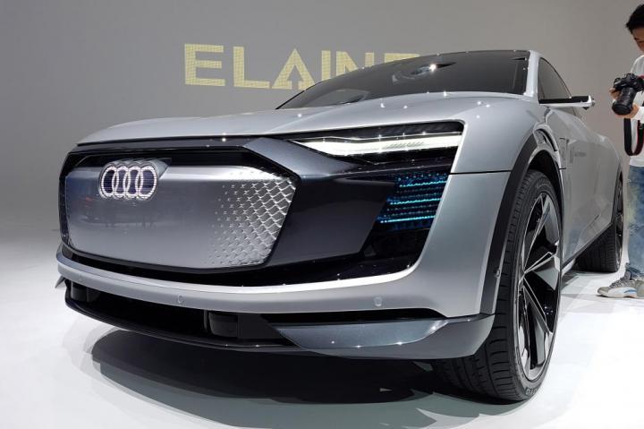 Audi показала четырехдверный электрический концепт Aicon