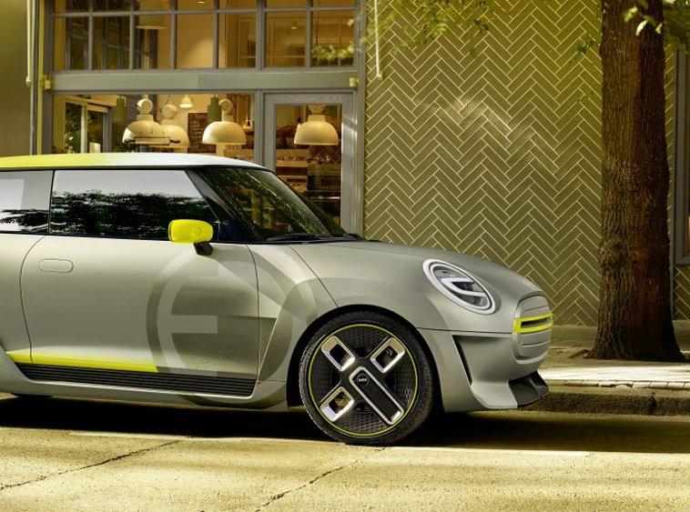 BMW показала концептуальные изображения электромобиля Mini (фото)