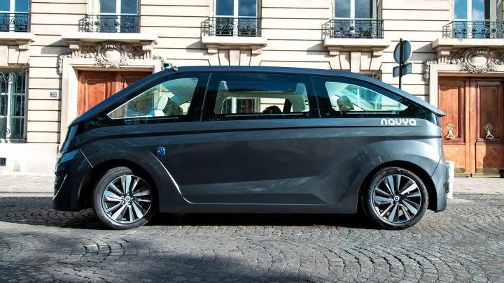 Такси на автопилоте появятся в Париже (фото)