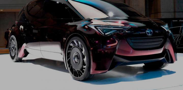 Toyota представила водородный концепт-кар с безвоздушными шинами