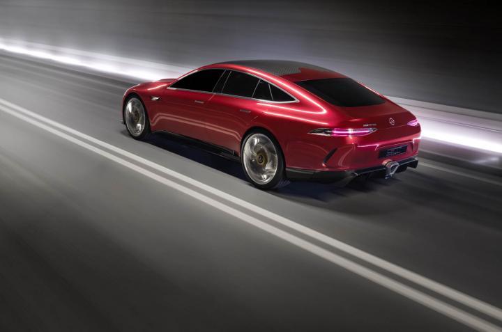 Mercedes готовит «убийцу» Porsche Panamera (фото)
