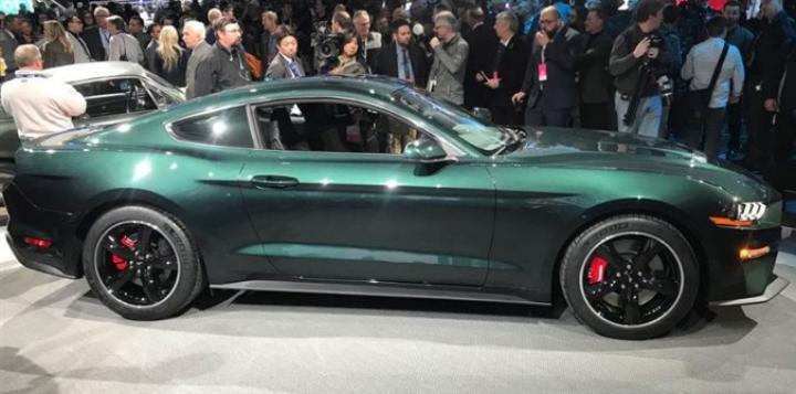 Ford возвращает на конвейер легендарную модель (фото)