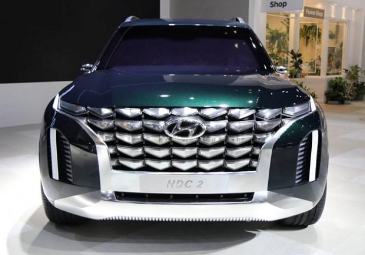 Hyundai показала прототип флагманского кроссовера (фото)
