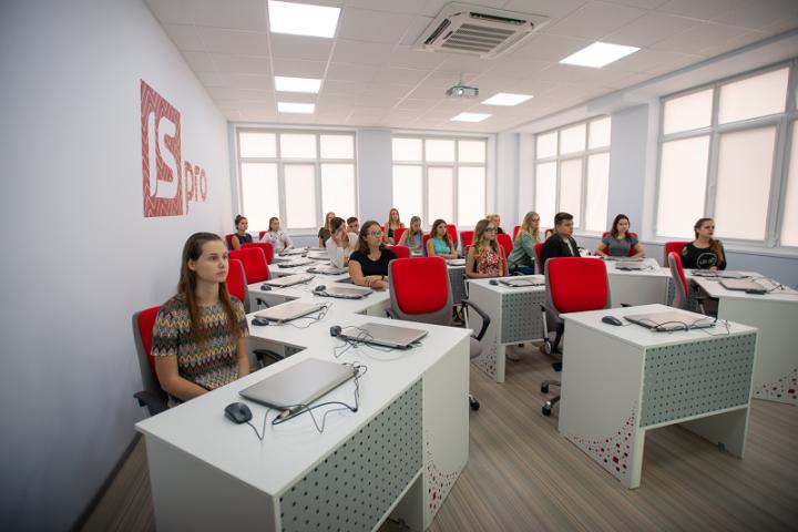 В КНЭУ Linkos Group основал Центр автоматизации учета, финансов и кадров для студентов бухгалтерских специальностей