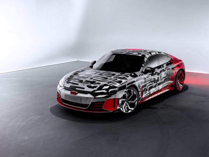 Концепт Audi e-tron GT «засветился» в Интернете (фото)