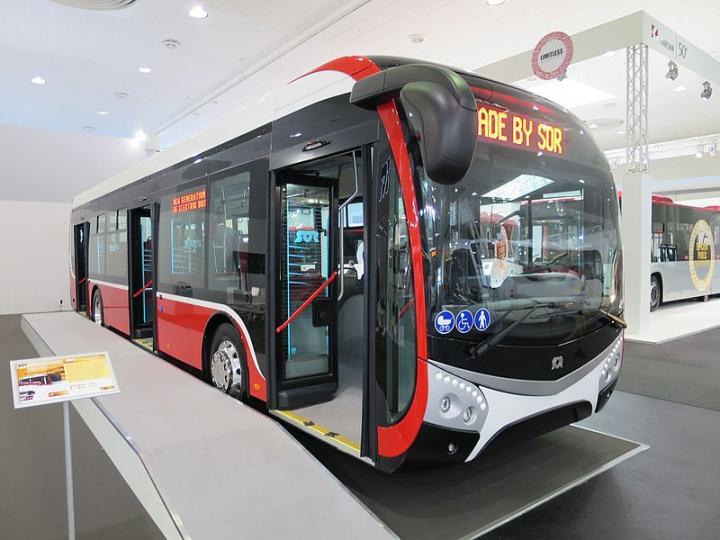 В Чехии на маршрут вышли «быстрозаряжаемые» электробусы (фото)