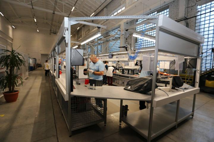 В Хмельницком начал работать завод по производству кабельной продукции для автоконцерна Volkswagen (фото)