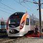 Омелян: через несколько лет скорость пассажирских поездов должна быть 200-250 км/ч
