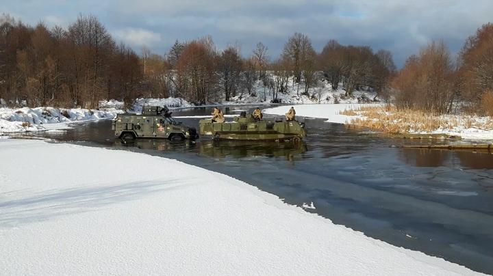 В Сети показали, как бронеавтомобиль «Казак-2М1» проходит государственные испытания