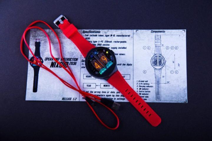 Украинский стартап собрал в Японии более 48 тысяч долларов на ламповые часы (фото)