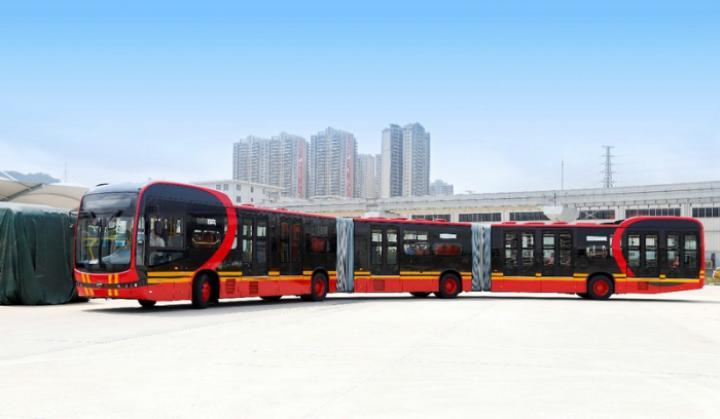 BYD создала самый длинный электробус в мире (фото)