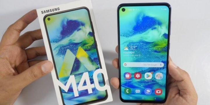 Samsung представила смартфон M40 с тройной камерой (фото)