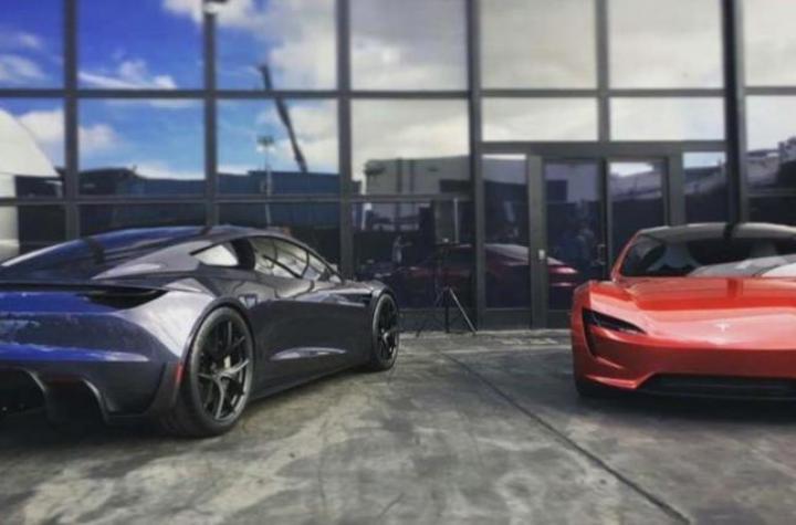 Tesla Roadster оснастят реактивными ускорителями (фото)