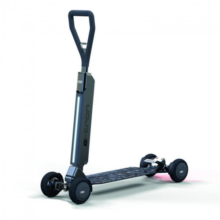 Немцы разработали электрический гибрид скутера и скейта (фото)