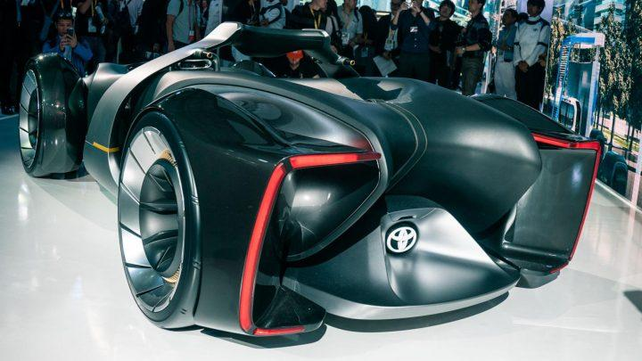 Toyota показала двухместный гоночный электрокар с виртуальной реальностью (фото)