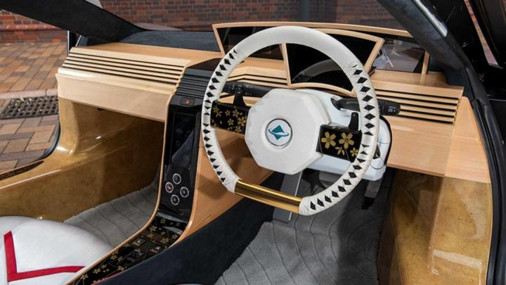 В Японии создали «деревянный» суперкар (фото, видео)