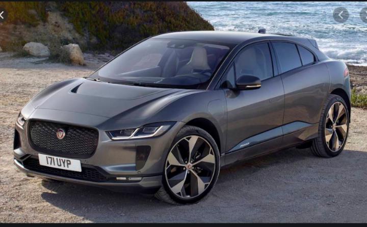 Jaguar остановил выпуск электромобилей из-за нехватки батарей (фото)