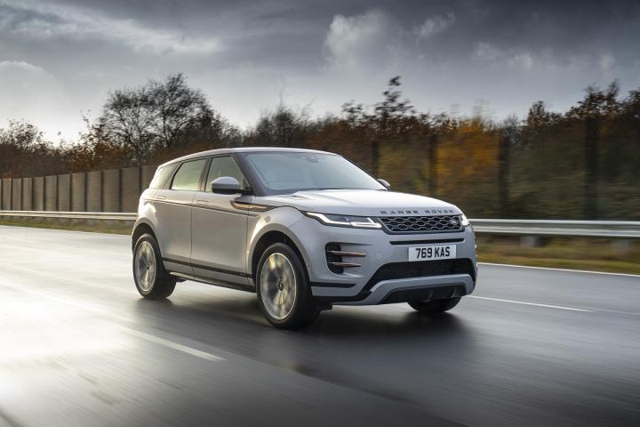 Land Rover выпустил на рынок два новых подключаемых гибрида