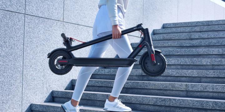 Xiaomi показала обновленный электросамокат - Electric Scooter 1S (фото)
