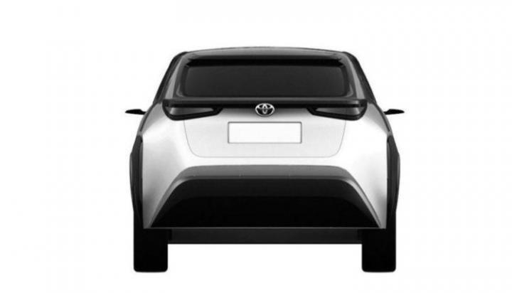 Появились изображения новейших кроссоверов от Toyota (фото)
