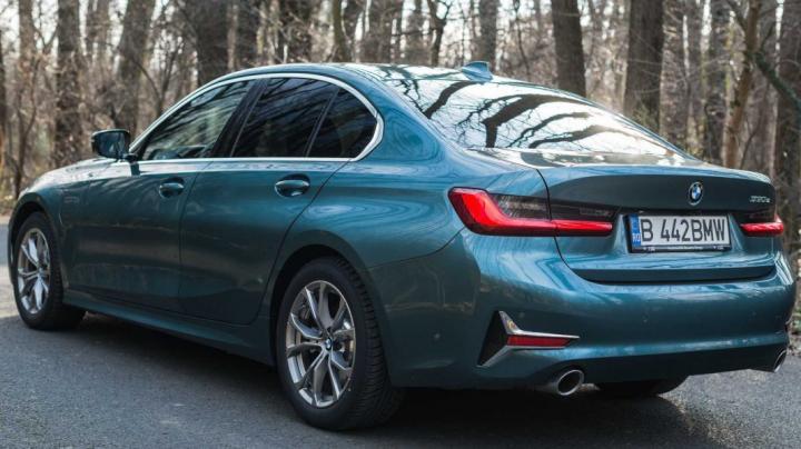 Новый гибрид BMW на электротяге проедет 100 км (фото)