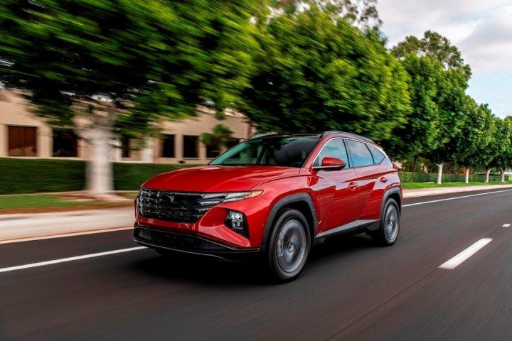 Hyundai представил новый внедорожник-гибрид