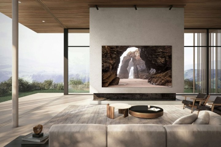 Samsung представил телевизор с технологией одновременного просмотра контента из четырех источников (фото)