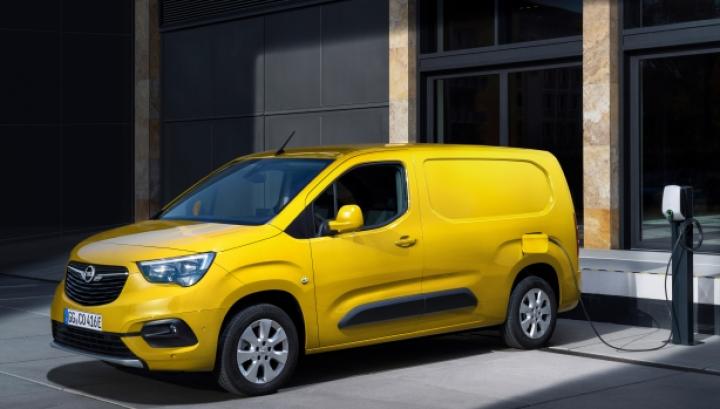 Opel официально презентовал легкий электрический фургон (фото)