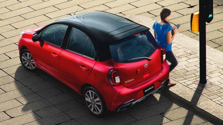 Компания Nissan представила обновленный хэтчбек Micra (фото)
