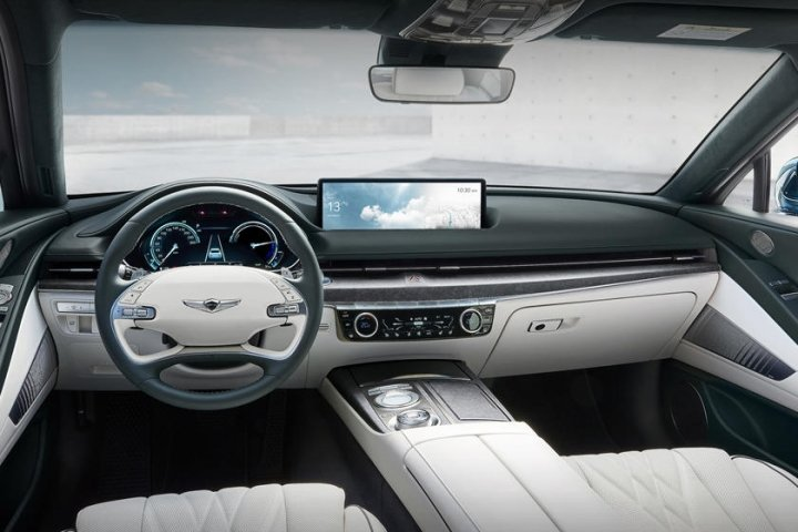 Genesis Motors представил первый электрокар